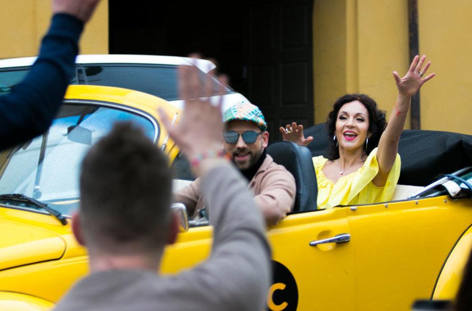"""""""Radiocentro"""" laidų vedėja Livija Gradauskienė perdainavo hitą """"Gera"""""""