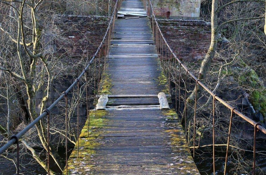 Tiltą seniūnija tvarkys savo jėgomis