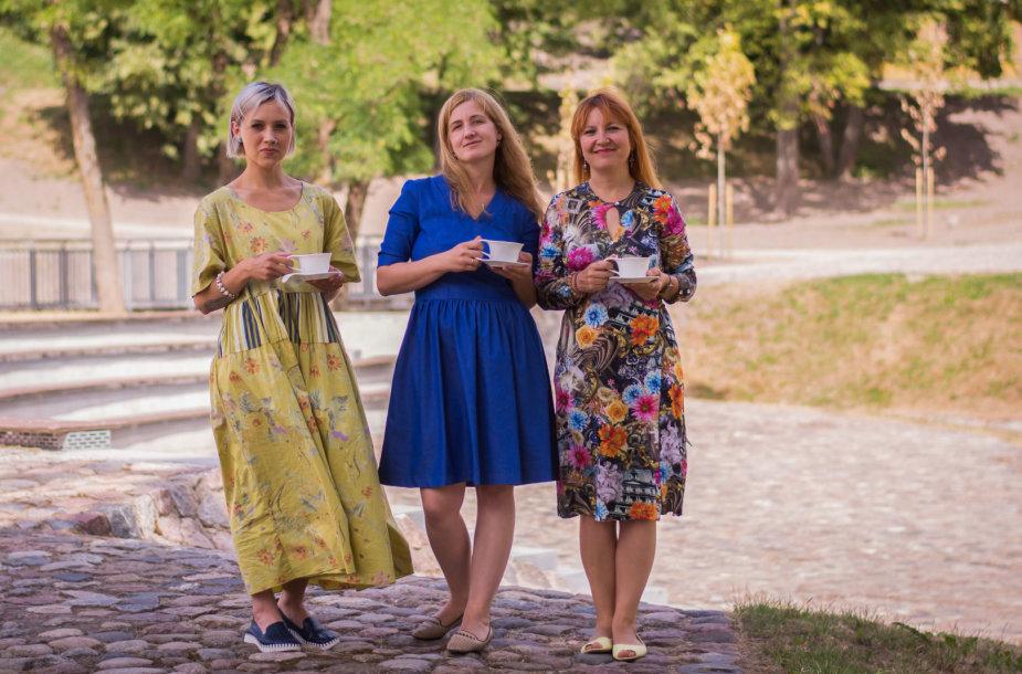 Iš kairės: fotografė Ingrida Pociūtė, komunikacijos specialistė Skaistė Vasiliauskaitė-Dančenkovienė ir psichologė Jurgita Vasiliauskienė