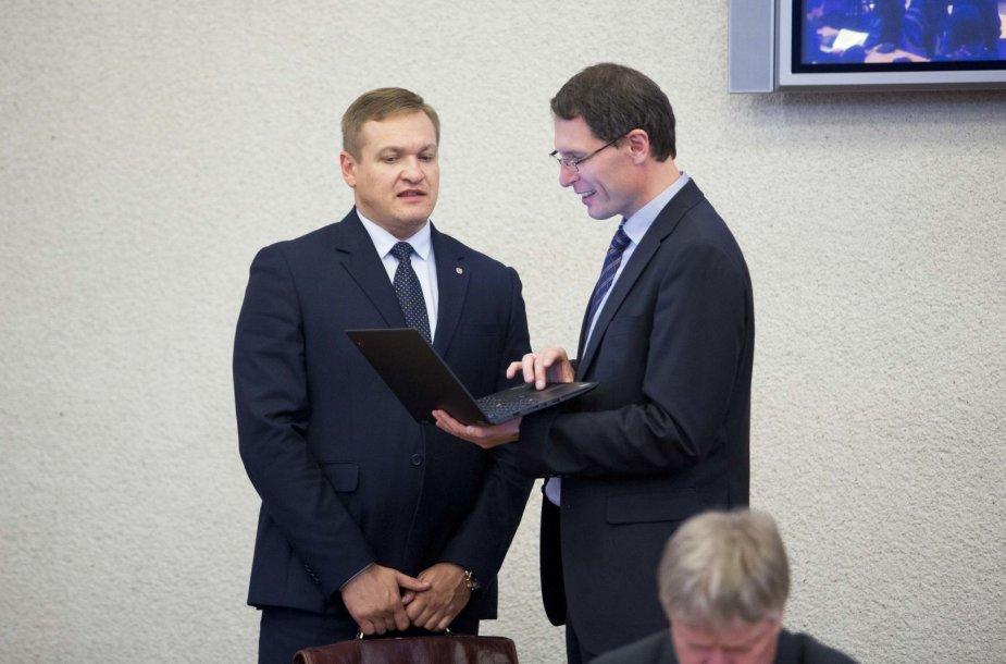 Eimutis Misiūnas (kairėje)