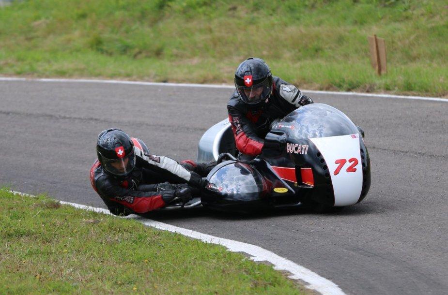 """Sidecar"" motociklas"