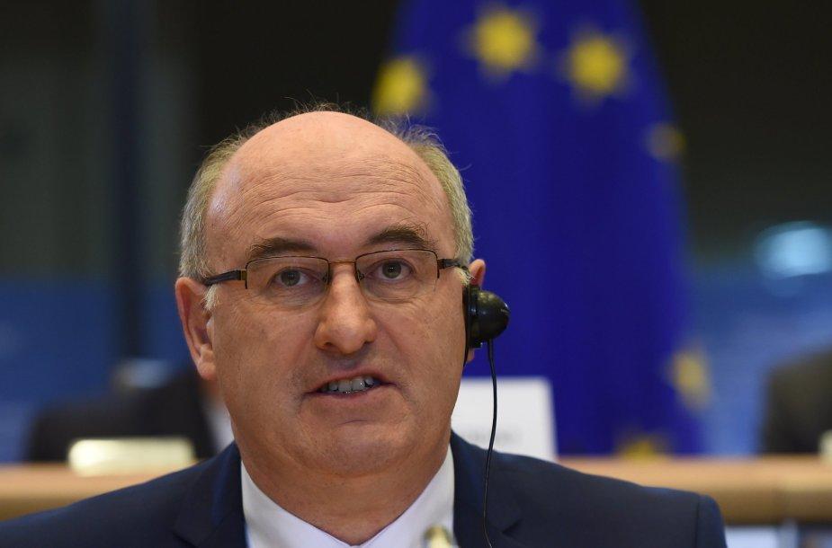 EK komisaras Philas Hoganas
