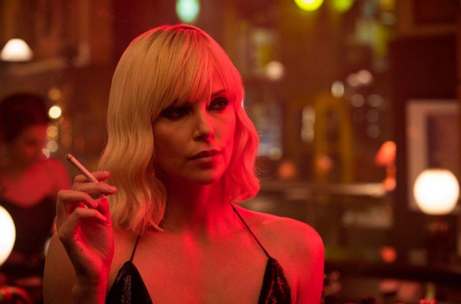 """Charlize Theron filme """"Atominė blondinė"""""""