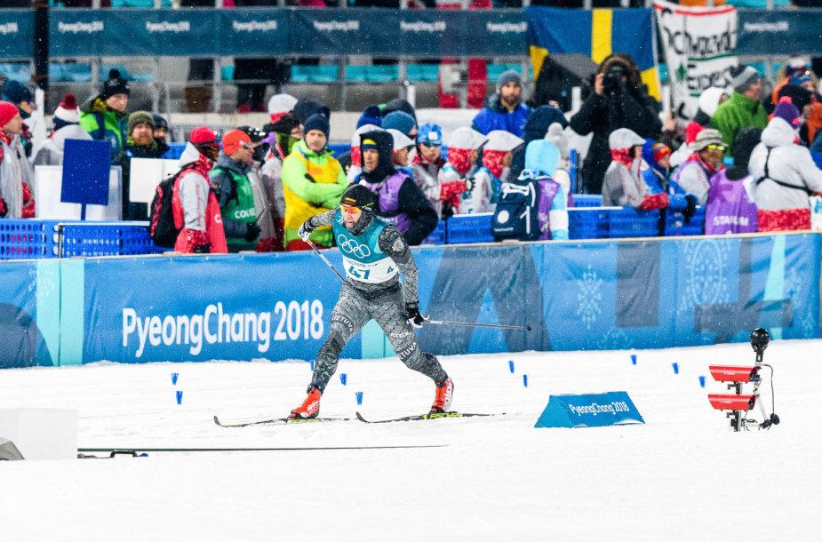 Olimpinių žaidynių slidinėjimo sprinto rungties akimirka. Modestas Vaičiulis