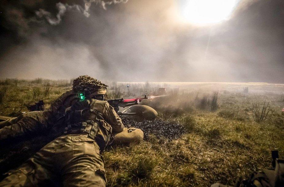 Geriausios šių metų kariuomenės nuotraukos
