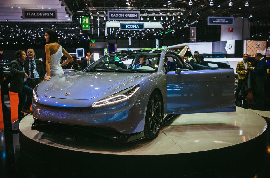 """Ženevos automobilių parodoje kinai pristatė elektrinį superautomobilį """"Venere"""""""