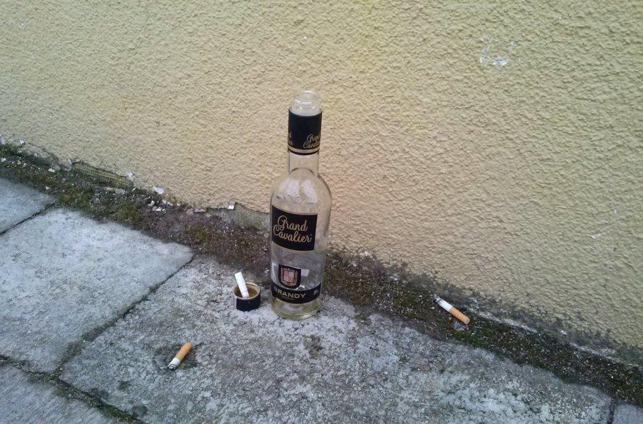 Gimnazistų išgertas alkoholis ir nuorūkos