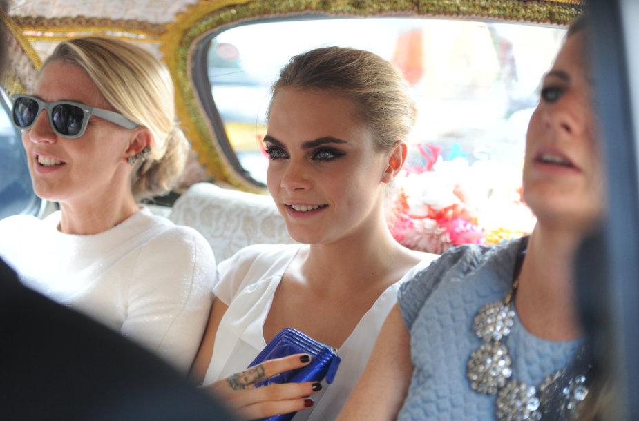 Cara Delevingne sesers Poppy Delevingne vestuvėse