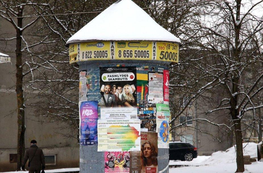 Nelegali prekyba plinta ne tik internete, bet ir miesto skelbimų lentose