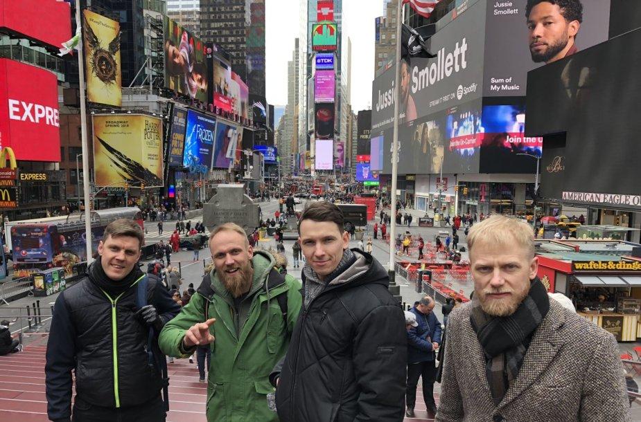 """Grupės """"Subtilu-Z"""" turas JAV"""