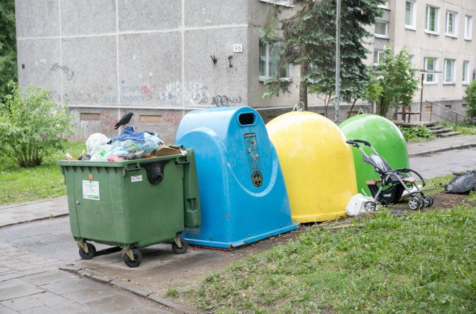 """Vilniaus savivaldybės ir """"VASA"""" atstovai tikrina atliekų išvežimą"""