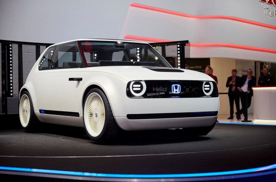 """Honda"" pristatė ""Urban EV Concept"""