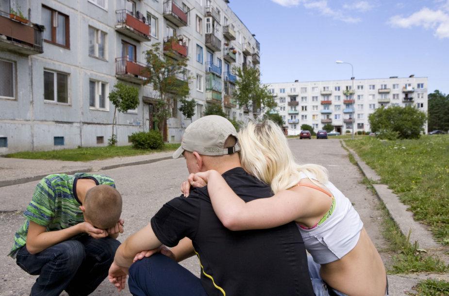 Ištuštėję daugiabučiai Liepojoje