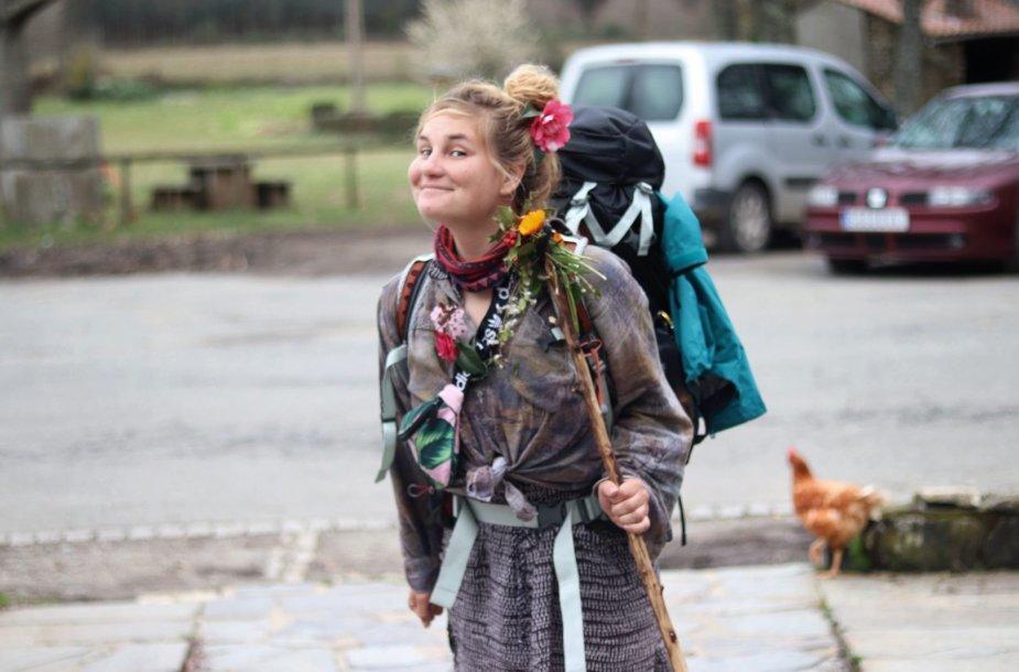 Eglė ir Barbora Jokūbo (Camino de Santiago)  keliu ėjo ne sezono metu – žiemą. Beveik 800 kilometrų pėsčiomis įveikusios merginos per mėnesį patyrė visus keturis metų laikus, tačiau kelionės pabaigti negalėjo.