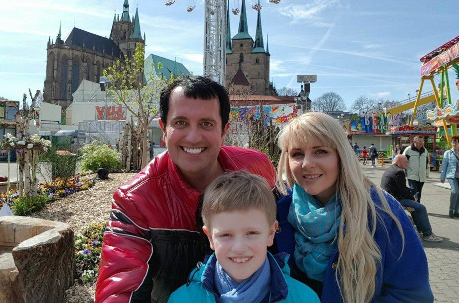 Rytis Cicinas su šeima