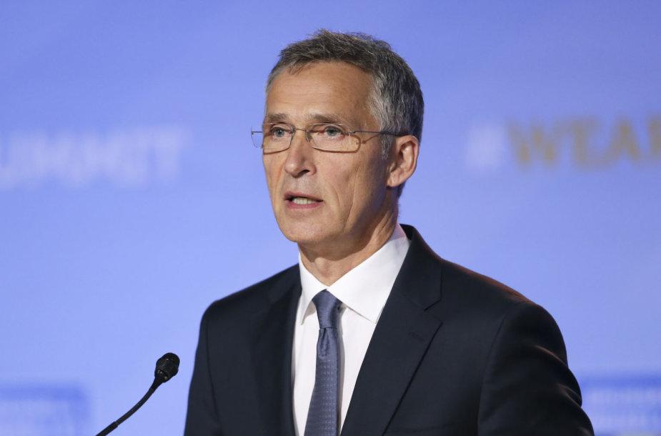 Jensas Stoltenbergas NATO viršūnių susitikime