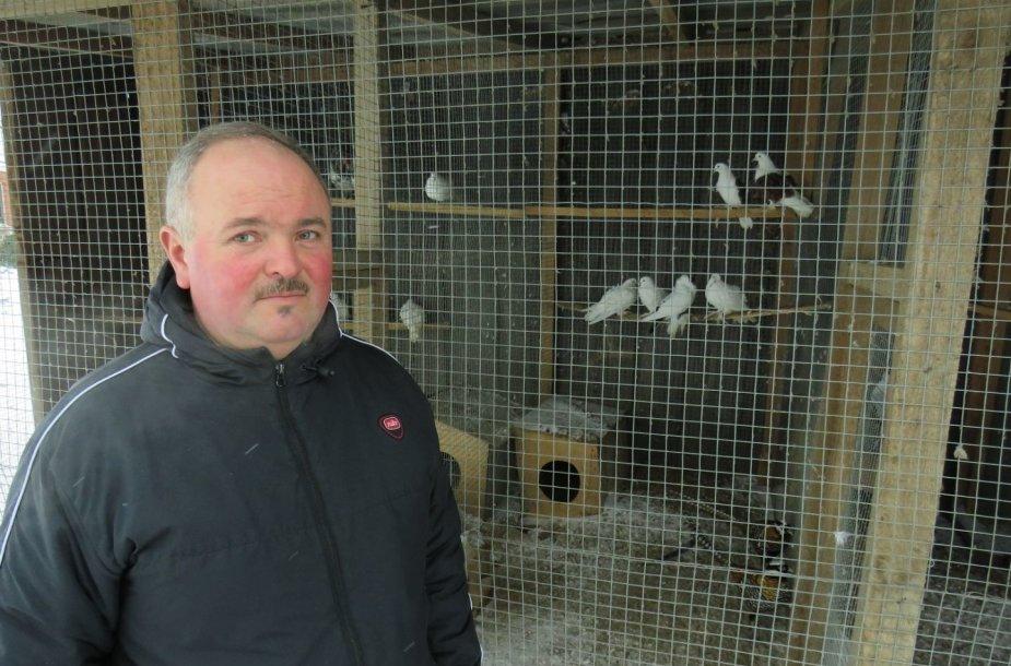 Rolando Paužos paukščių ūkis