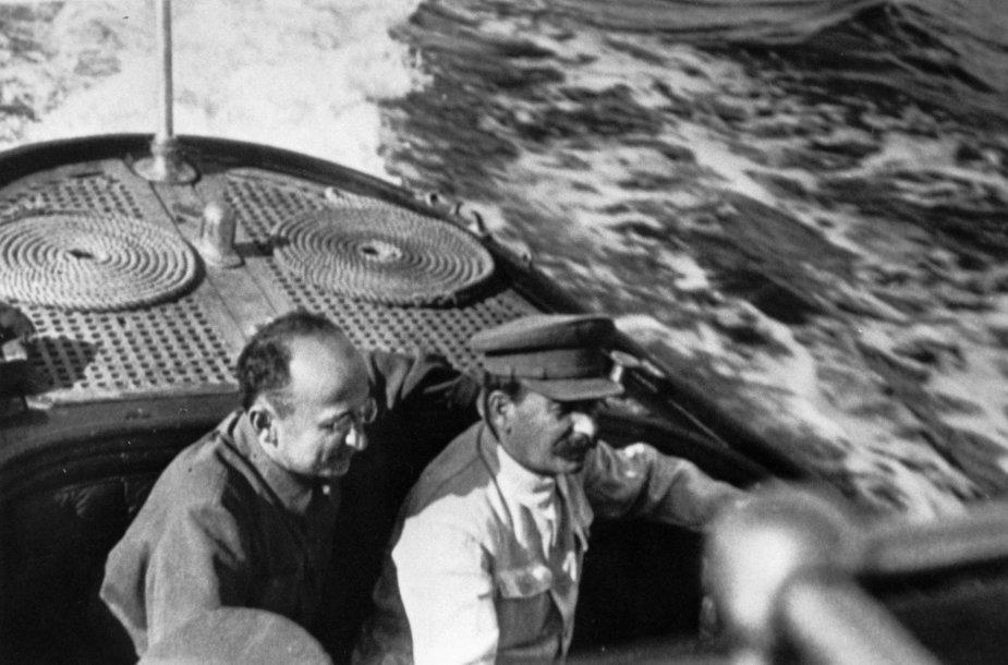 Lavrentijus Berija ir Josifas Stalinas