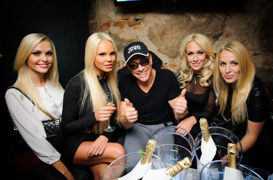 Skaistė Steikūnaitė, Vita Jakutienė, Jeanas Claude'as Van Damme'as, Oksana Pikul-Jasaitienė