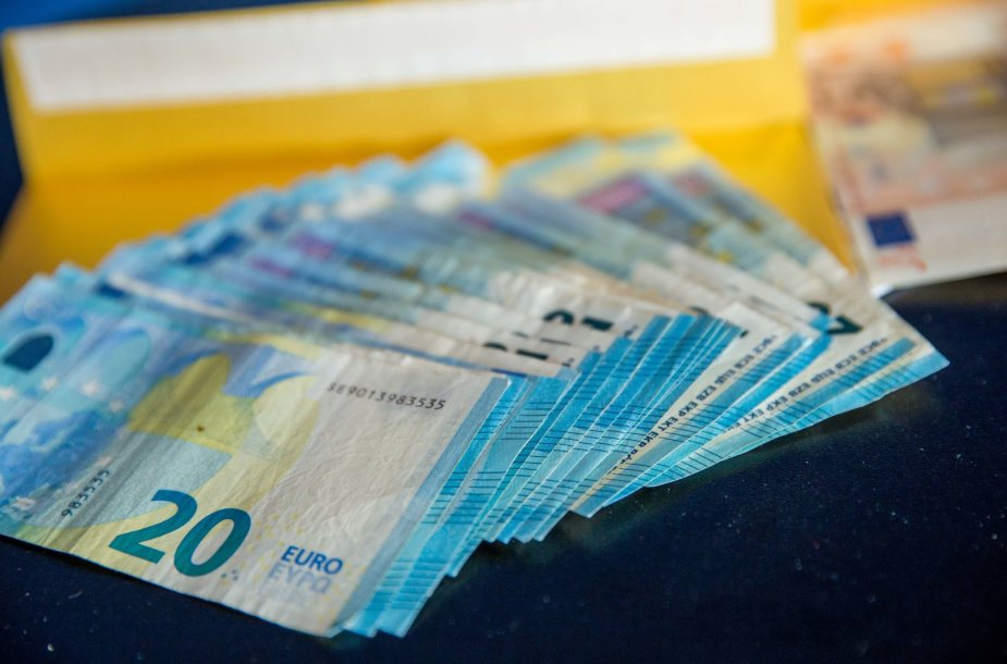 Banknotų iliustracijos