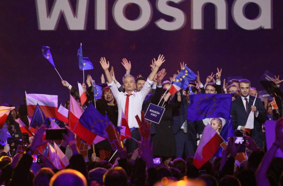 Pavasario partijos lyderis Robertas Biedronas