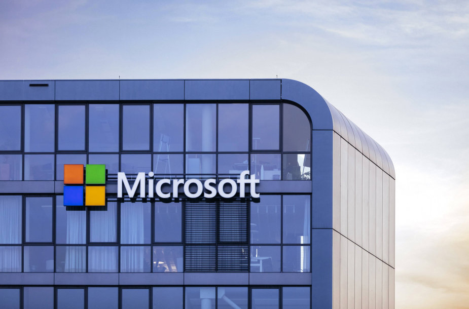 """Microsoft"" biuro iškaba"