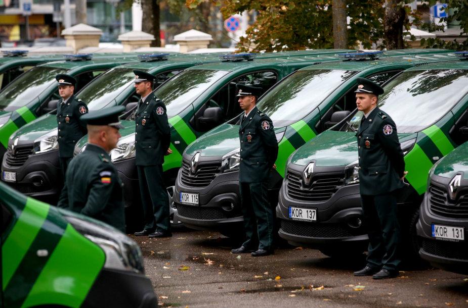 Valstybės sienos apsaugos tarnyba pristatė naujus tarnybinius automobilius