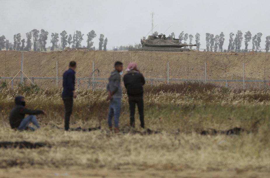 Prie Gazos Ruožo ir Izraelio sienos tvyro įtampa