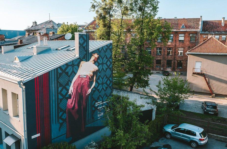 Dovana miestui – įamžinti Kauno kultūros simboliai ant pastatų sienų