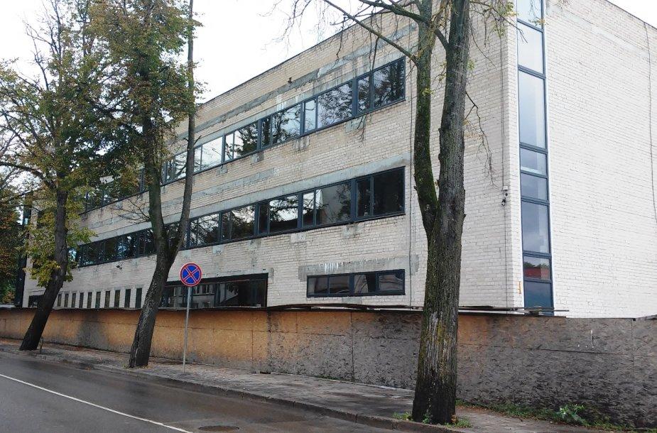 5 mln. litų kainavusi Kretingos biblioteka griūva dar nė nepastatyta