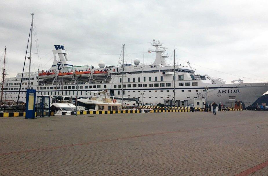 """Lainerio """"Astor"""" vizitu Klaipėdoje užbaigiamas kruizinės laivybos sezonas"""