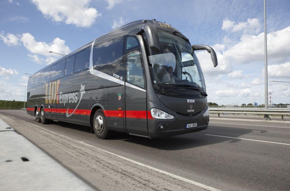 """Nuo rugsėjo į Prahą keleiviai bus vežami """"Lux Express"""" autobusais"""