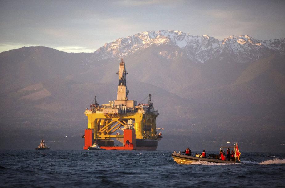 """Shell"" naftos gavybos platforma Ramiajame vandenyne, Vašingtono valstijoje"