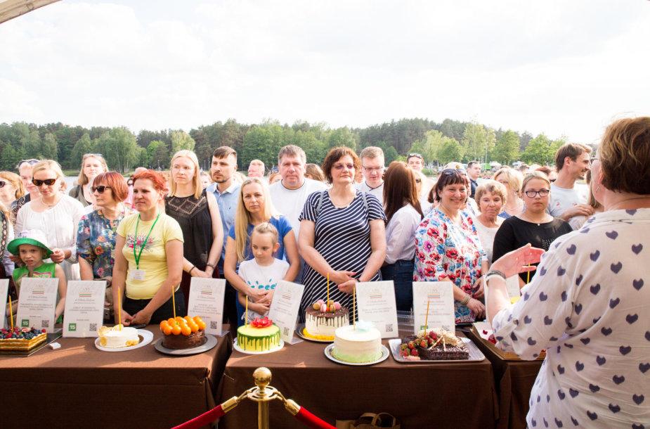 """""""100 tortų Lietuvai"""" degustacija Druskininkuose"""