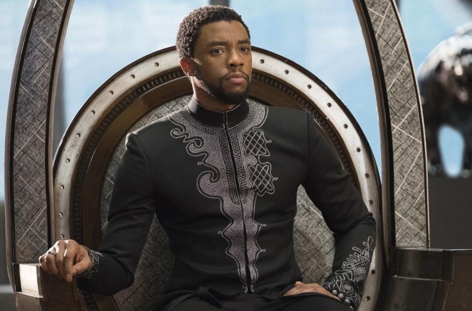 """Chadwickas Bosemanas filme """"Juodoji pantera"""""""