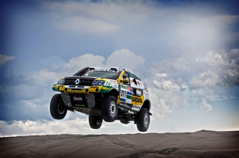 """Renault Duster Dakar Team"" komanda"