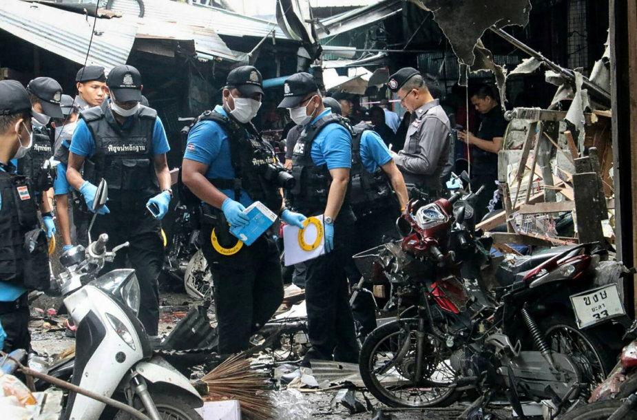 Tailando pietuose per sprogdinimą turguje žuvo trys žmonės, dar 22 sužeisti