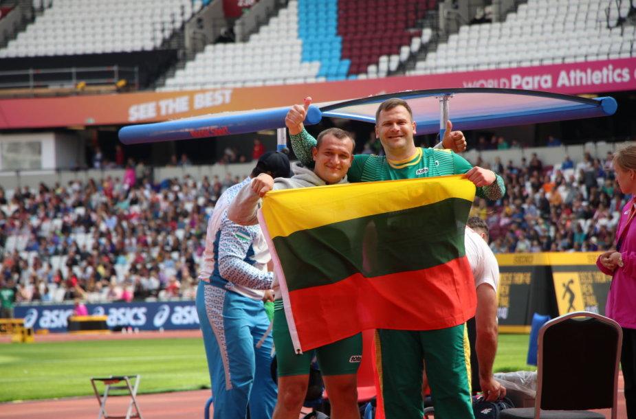 Mindaugas Bilius iškovojo auksą, Donatas Dundzys – bronzą.
