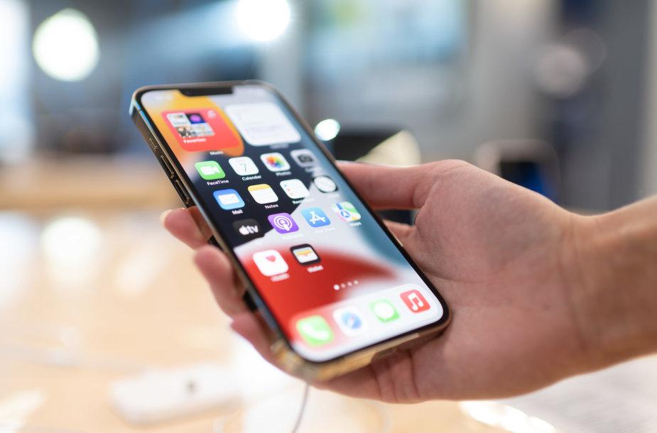 """""""iPhone 13"""" pristatymas """"Apple shop"""" salonuose Vilniuje ir Kaune"""
