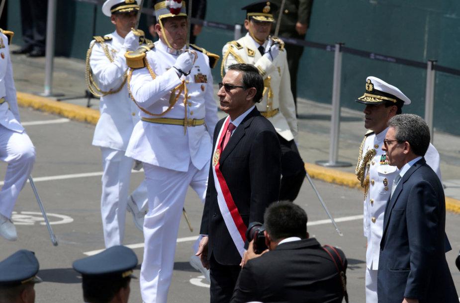 Martino Vizcarros priesaika