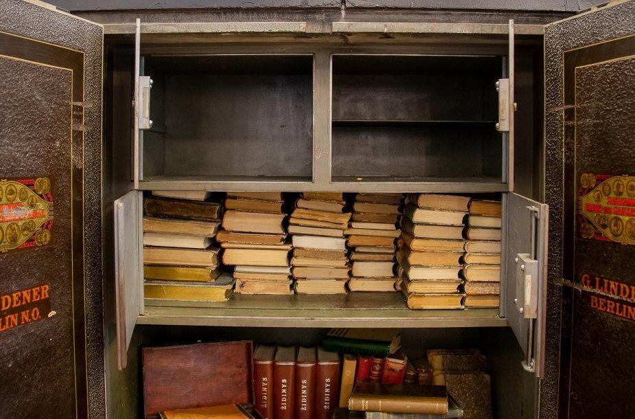Knygos seife