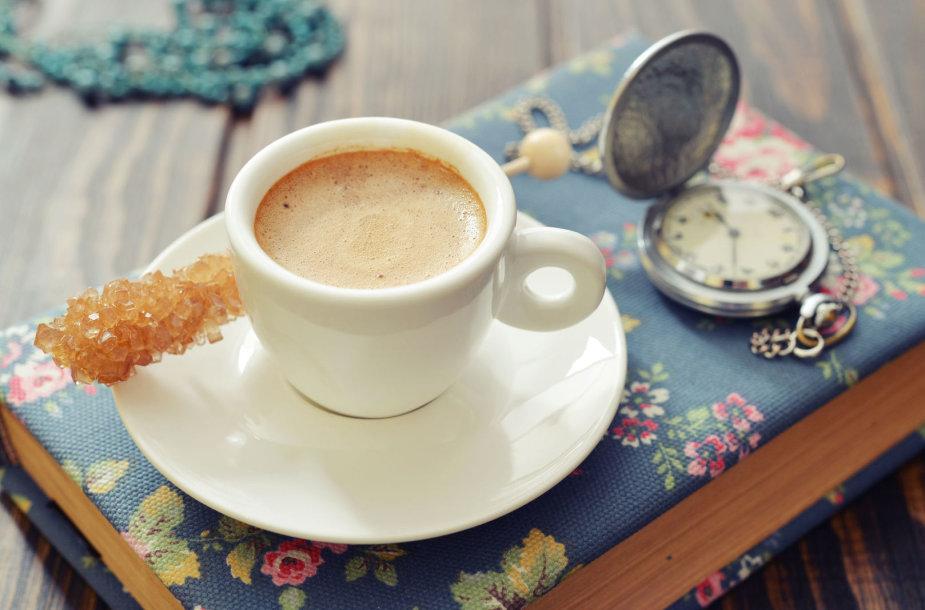 Kavos puodelis.