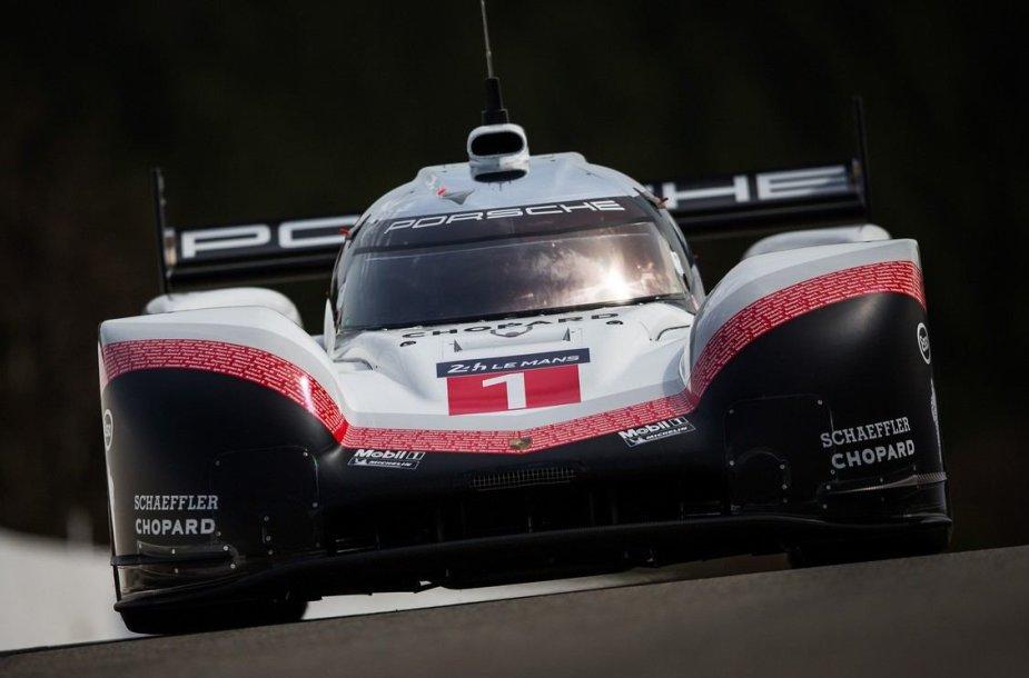 """Porsche 919 Hybrid"" pagerino L.Hamiltono rekordą"