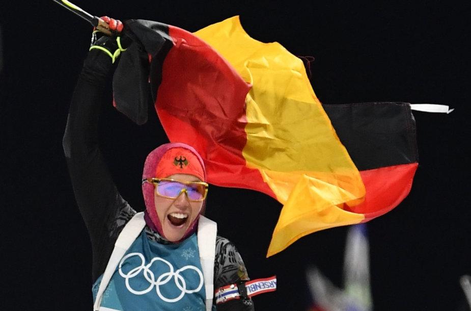 Laura Dahlmeier nugalėjo olimpinių žaidynių biatlono persekiojimo rungtyje.