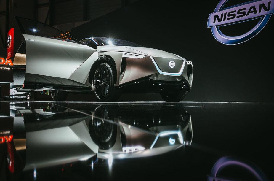 """""""Nissan"""" į Europą atsivežė koncepcinį visureigį, kuris geba nuspėti, ko nori vairuotojas"""