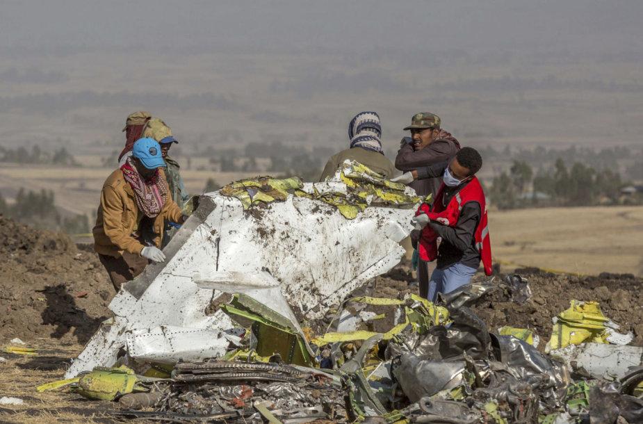 """Ethiopian Airlines"" lėktuvo ""Boeing 737"" nuolaužos"