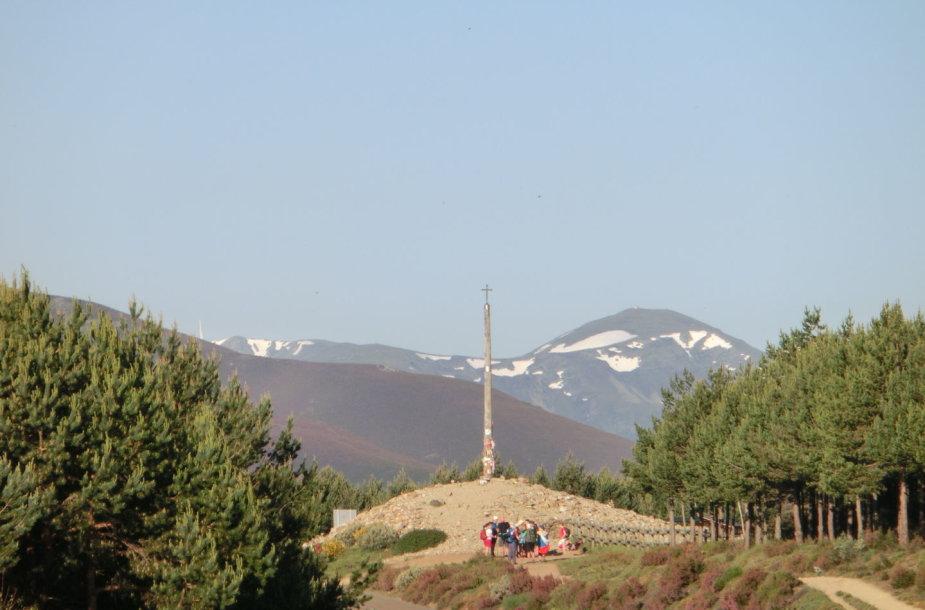 6. Cruz de Ferro – piligrimų nuodėmių nusikratymo vieta