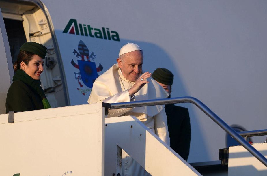 Popiežius Pranciškus išvyko į Čilę ir Peru