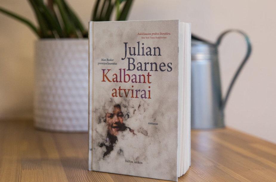 """Julian Barnes """"Kalbant atvirai"""""""