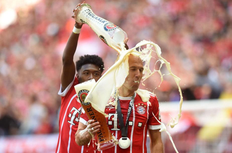 "Miuncheno ""Bayern"" dominuoja Vokietijoje."
